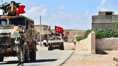 Turkish forces begin patrolling Syria